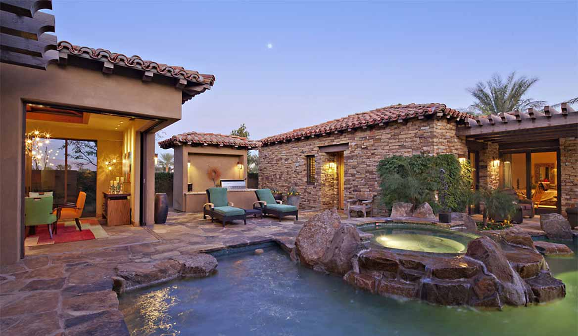 BZ Realty LLC. East Valley Homes